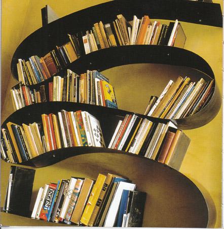 Bookworm Regal kuriositäten